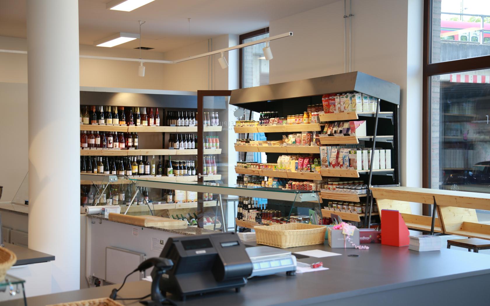 lebensmittelpunkt, keinStil.GmbH, Feine Kost, Bioladen, low budget interieur, Frankfurt am Main Sachsenhausen