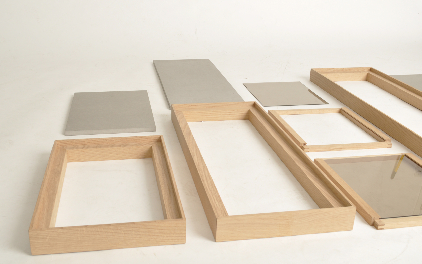 modular shelf for public and private spaces, no tools required